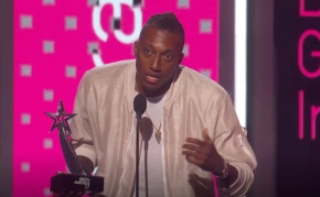 Lecrae Wins BET AWARD 2017 (Dr. Bobby Jones Best Gospel/Inspirational Award)